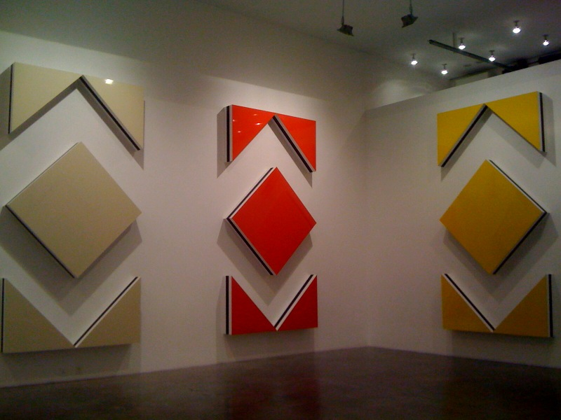 Cut-out situated work in five parts, light ivory, traffic red, traffic yellow, 2009