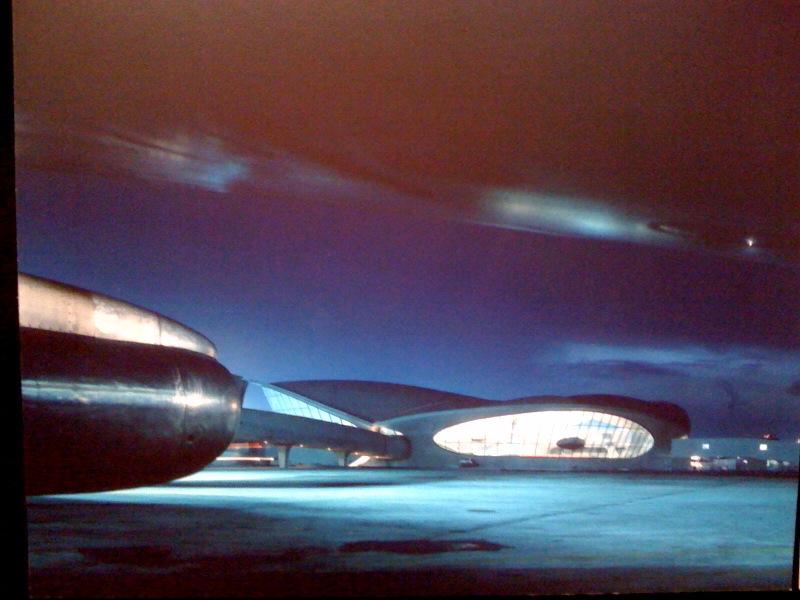 Rear elevation viewed from tarmac, TWA Terminal, circa 1962, Ezra Stoller