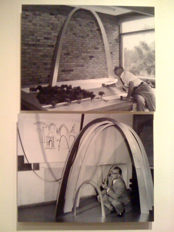 Saarinen w: model of the US Jefferson National Expansion Memorial, circa 1958