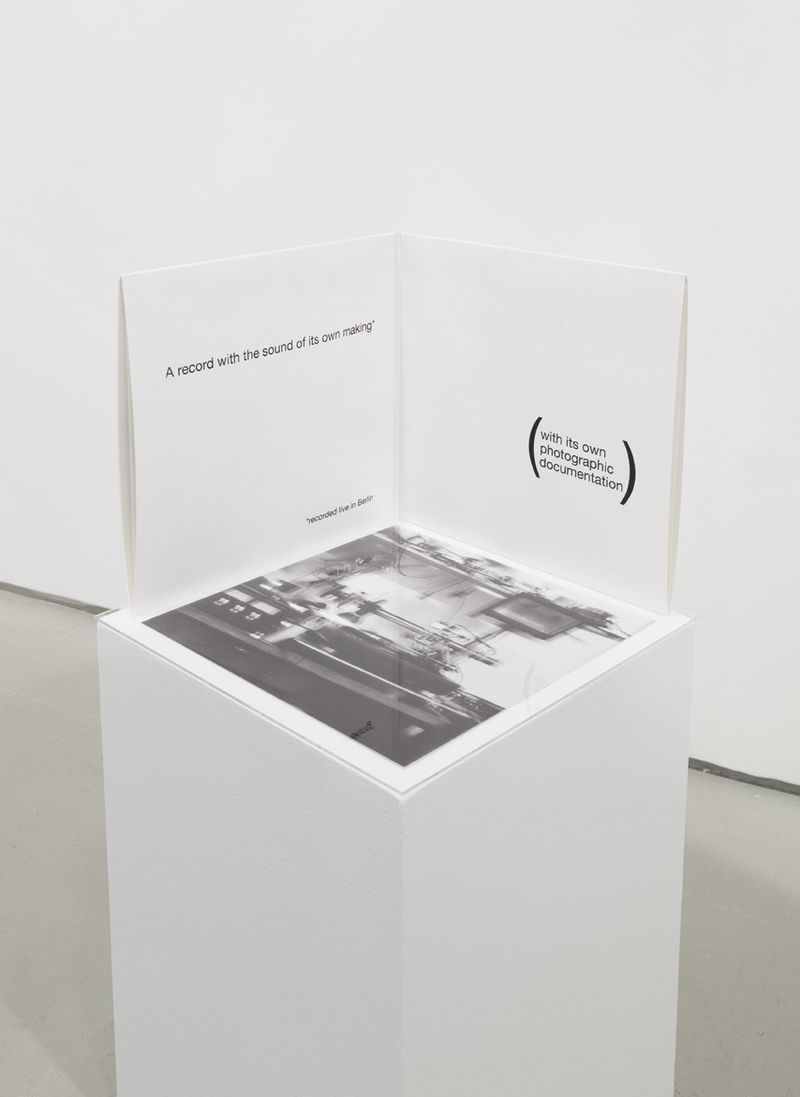 EDE_Jonathan Monk, The Sound Of Music (A Record With the Sound Of Its Own Making), 2007