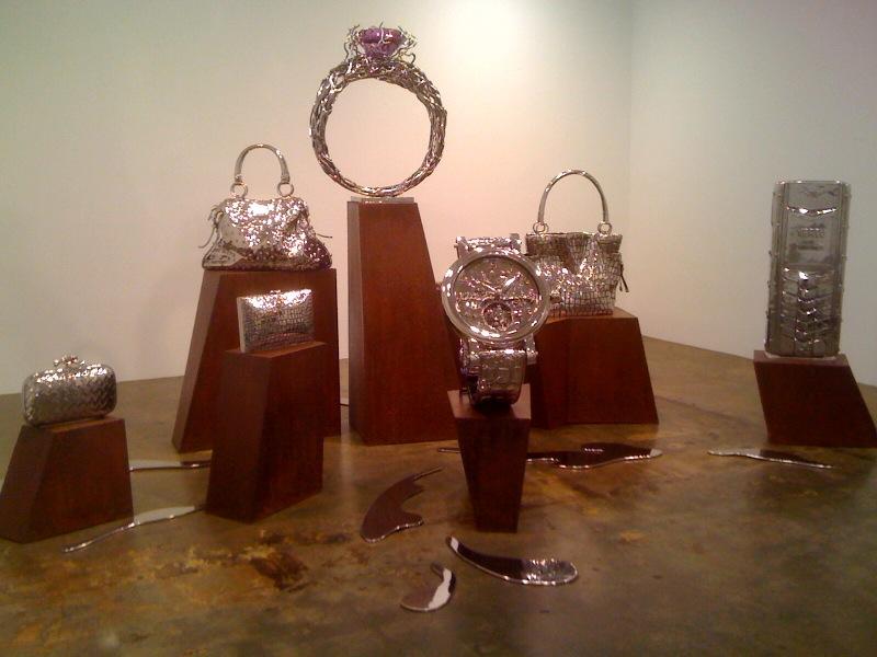X Apple, Real Sprada, Guccichanel, Nature Love, 2010, Fake Rolls Phillipe Watch, 2009, Peng Di Bag, Vertu, 2010