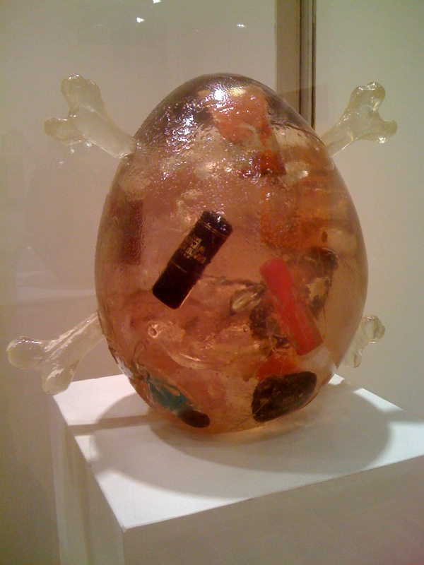 Untitled (Showcase with egg sculptures), 1996, detail