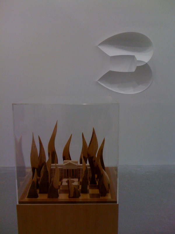 L-R_Goshka Macuga, The White-House made from Moscow, 2010, Ricci Albenda, Universe (Benny):Negative-Left, 2002, Andrew Kreps Gallery, NY at Independent
