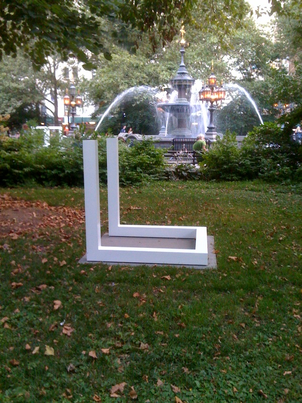 Incomplete Open Cube, 1974, water fountain